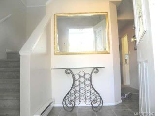 Photo 2: 45 2355 Valley View Dr in COURTENAY: CV Courtenay East Row/Townhouse for sale (Comox Valley)  : MLS®# 705197