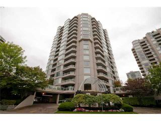 """Photo 9: 402 1065 QUAYSIDE Drive in New Westminster: Quay Condo for sale in """"QUAYSIDE TOWER II"""" : MLS®# V1008499"""