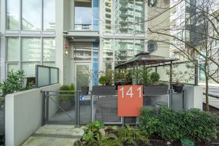 "Photo 2: 141 E 1ST Avenue in Vancouver: Mount Pleasant VE Townhouse for sale in ""Block 100"" (Vancouver East)  : MLS®# R2440709"