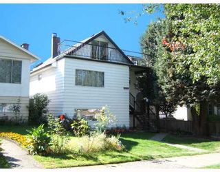 """Photo 1: 3144 E 22ND Avenue in Vancouver: Renfrew Heights House for sale in """"RENFREW HEIGHTS"""" (Vancouver East)  : MLS®# V733702"""