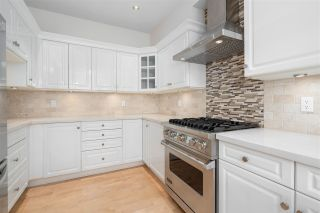 """Photo 8: 23 5650 HAMPTON Place in Vancouver: University VW Townhouse for sale in """"THE SANDRINGHAM"""" (Vancouver West)  : MLS®# R2405141"""