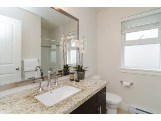 """Photo 12: 1 15405 31ST Avenue in Surrey: Grandview Surrey Townhouse for sale in """"NUVO 2"""" (South Surrey White Rock)  : MLS®# F1430709"""