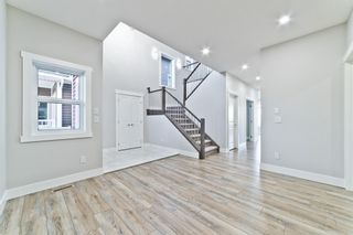 Photo 4: 110 Creekside Way SW in Calgary: C-168 Detached for sale : MLS®# A1144318