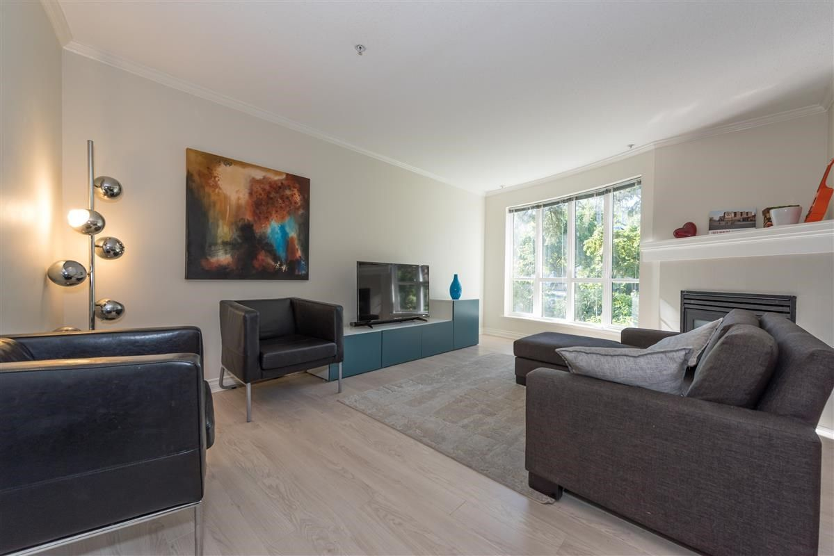 """Main Photo: 201 1617 GRANT Street in Vancouver: Grandview VE Condo for sale in """"Evergreen Place"""" (Vancouver East)  : MLS®# R2204160"""