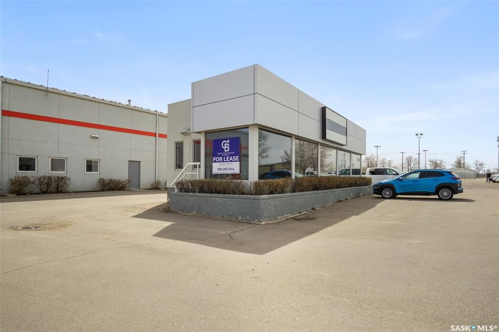 Main Photo: 3 285A Venture Crescent in Saskatoon: Silverwood Heights Commercial for lease : MLS®# SK854481