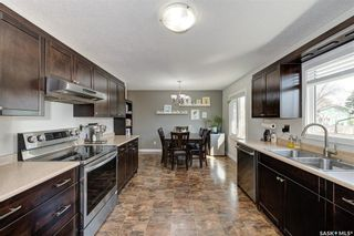 Photo 4: 842 MATHESON Drive in Saskatoon: Massey Place Residential for sale : MLS®# SK850944