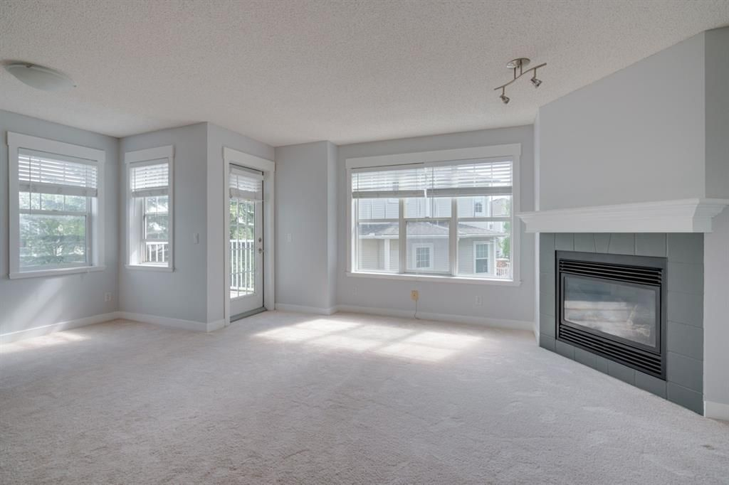 Photo 5: Photos: 3201 7171 Coach Hill Road SW in Calgary: Coach Hill Row/Townhouse for sale : MLS®# A1124017