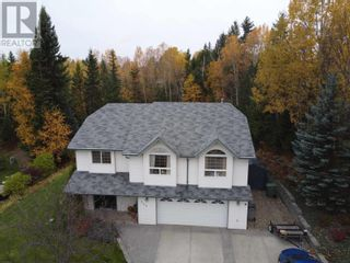 Photo 2: 245 FIEGE ROAD in Quesnel: House for sale : MLS®# R2624947