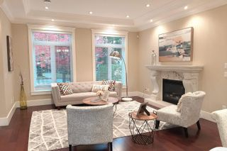 Photo 2: 2980 W 40TH Avenue in Vancouver: Kerrisdale House for sale (Vancouver West)  : MLS®# R2615356