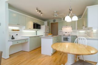 Photo 6: 23 8555 209 STREET in Langley: Walnut Grove Townhouse for sale : MLS®# R2065792