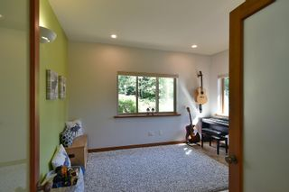 Photo 7: 4399 GUN CLUB Road in Sechelt: Sechelt District House for sale (Sunshine Coast)  : MLS®# R2607884