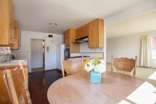 Photo 4: CLAIREMONT House for sale : 3 bedrooms : 4530 MILTON STREET in San Diego