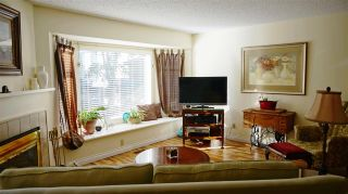 """Photo 4: 24 1195 FALCON Drive in Coquitlam: Eagle Ridge CQ Townhouse for sale in """"THE COURTYARDS"""" : MLS®# R2110135"""