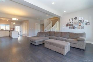 Photo 6: 1045 Gala Crt in VICTORIA: La Happy Valley House for sale (Langford)  : MLS®# 837598