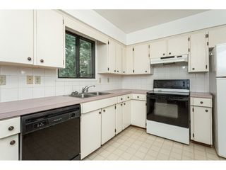 """Photo 10: 3625 208 Street in Langley: Brookswood Langley House for sale in """"Brookswood"""" : MLS®# R2496320"""