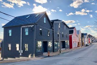 Main Photo: 182 Montague Street in Lunenburg: 405-Lunenburg County Commercial  (South Shore)  : MLS®# 202100386