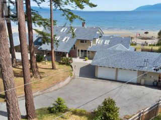 Photo 2: 2102 DONKERSLEY ROAD in Powell River: House for sale : MLS®# 15932
