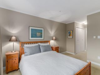 """Photo 10: 786 W 69TH Avenue in Vancouver: Marpole Townhouse for sale in """"MARPOLE"""" (Vancouver West)  : MLS®# R2118968"""