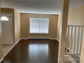 Photo 2: 1 758 Robron Rd in : CR Campbell River South Row/Townhouse for sale (Campbell River)  : MLS®# 876116