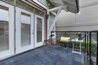 Photo 11: 229 E 17TH Street in North Vancouver: Central Lonsdale 1/2 Duplex for sale : MLS®# R2252507