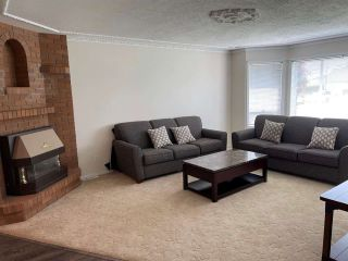 Photo 2: 8876 BROADWAY Street in Chilliwack: Chilliwack E Young-Yale House for sale : MLS®# R2578773