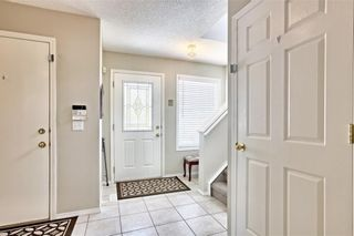 Photo 3: 215 CITADEL Drive NW in Calgary: Citadel Detached for sale : MLS®# C4303372