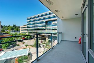 """Photo 12: 503 258 NELSON'S Court in New Westminster: Sapperton Condo for sale in """"THE COLUMBIA"""" : MLS®# R2611944"""