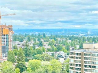 """Photo 9: 2301 6188 PATTERSON Avenue in Burnaby: Metrotown Condo for sale in """"THE WIMBELDON CLUB"""" (Burnaby South)  : MLS®# R2580612"""