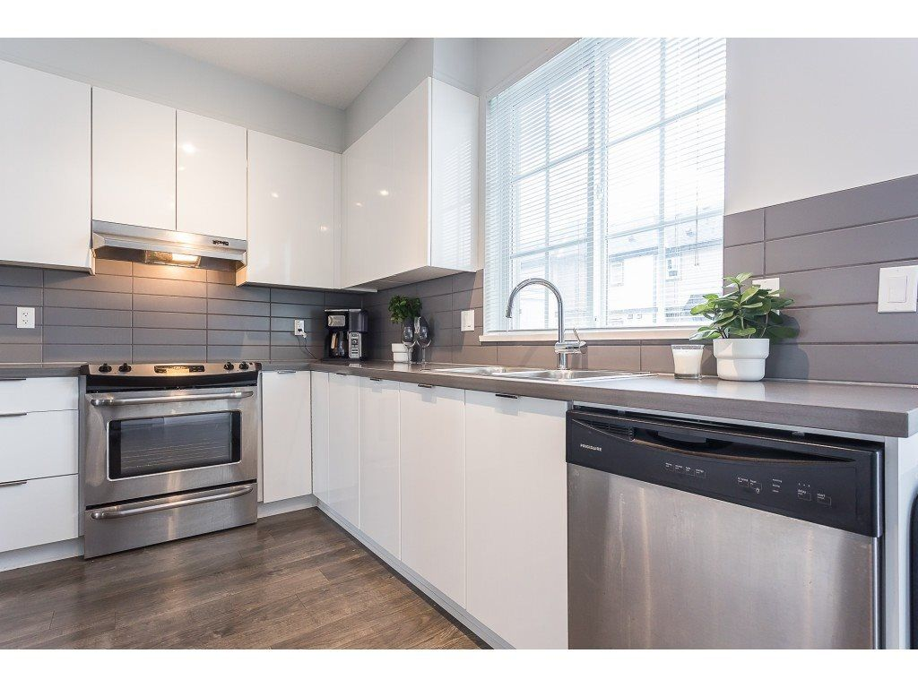 """Photo 6: Photos: 98 30989 WESTRIDGE Place in Abbotsford: Abbotsford West Townhouse for sale in """"Brighton at Westerleigh"""" : MLS®# R2562757"""