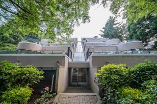 """Photo 16: 36 1425 LAMEY'S MILL Road in Vancouver: False Creek Condo for sale in """"Harbour Terrace"""" (Vancouver West)  : MLS®# R2548532"""