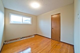 Photo 15: 51 Holland Street NW in Calgary: Highwood Semi Detached for sale : MLS®# A1131163