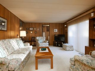 Photo 8: 7 2607 Selwyn Rd in : La Mill Hill Manufactured Home for sale (Langford)  : MLS®# 872104