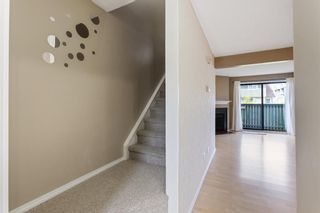 Photo 9: 84 2511 38 Street NE in Calgary: Rundle Row/Townhouse for sale : MLS®# A1115579