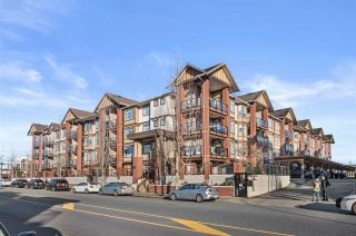 "Photo 2: 445 5660 201A Street in Langley: Langley City Condo for sale in ""Paddington Station"" : MLS®# R2531319"