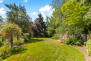 """Photo 5: 7583 150A Street in Surrey: East Newton House for sale in """"CHIMNEY HILLS"""" : MLS®# R2607015"""