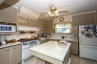 Photo 4: 241 BLUE MOUNTAIN Street in Coquitlam: Maillardville House for sale : MLS®# R2253258