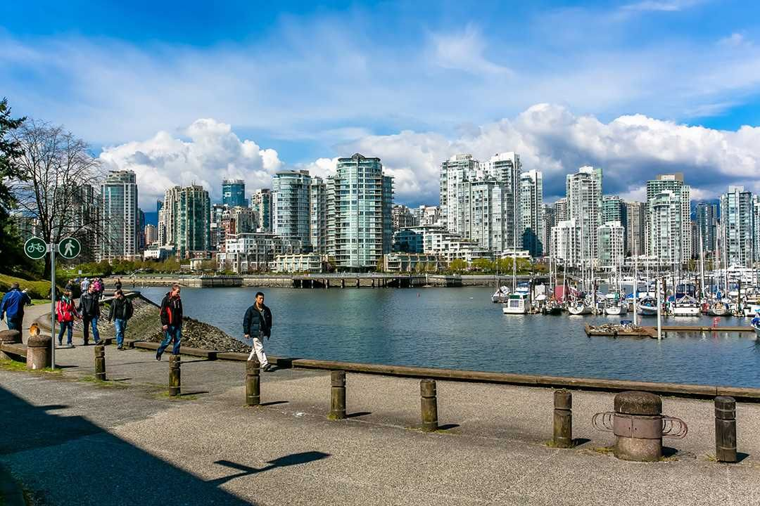 Main Photo: 247 658 LEG IN BOOT SQUARE in Vancouver: False Creek Condo for sale (Vancouver West)  : MLS®# R2118181