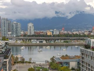 "Photo 18: 1603 1783 MANITOBA Street in Vancouver: False Creek Condo for sale in ""The West"" (Vancouver West)  : MLS®# R2308129"