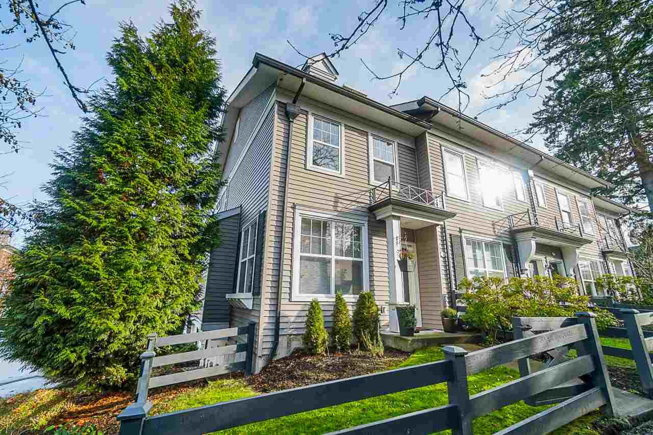 Main Photo: 64 15075 60 AVENUE in Surrey: Sullivan Station Townhouse for sale : MLS®# R2422321