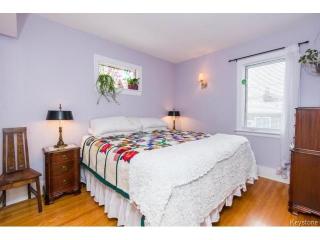 Photo 7: Photos: 162 Leighton Avenue in WINNIPEG: East Kildonan Residential for sale (North East Winnipeg)  : MLS®# 1401800