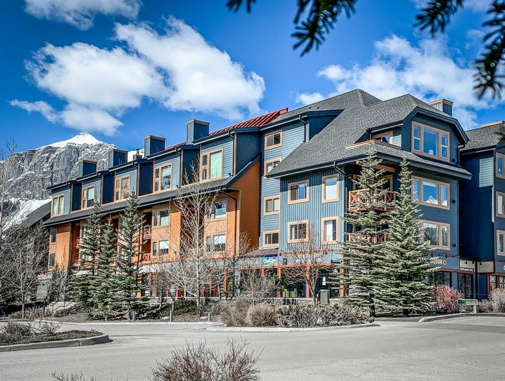 Main Photo: 413 1160 Railway Avenue: Canmore Apartment for sale : MLS®# A1148007