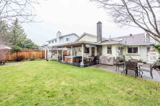 Photo 3: 12148 MAKINSON Street in Maple Ridge: Northwest Maple Ridge House for sale : MLS®# R2230456