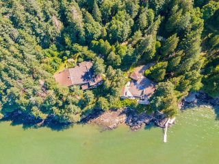 """Photo 38: 370 374 SMUGGLERS COVE Road: Bowen Island House for sale in """"Hood Point"""" : MLS®# R2518143"""