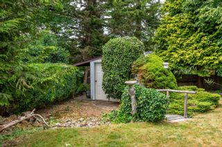 Photo 38: 587 Crestview Dr in : CV Comox (Town of) House for sale (Comox Valley)  : MLS®# 882395