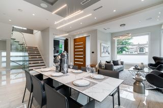 Photo 5: 2077 W 61ST Avenue in Vancouver: S.W. Marine House for sale (Vancouver West)  : MLS®# R2616205