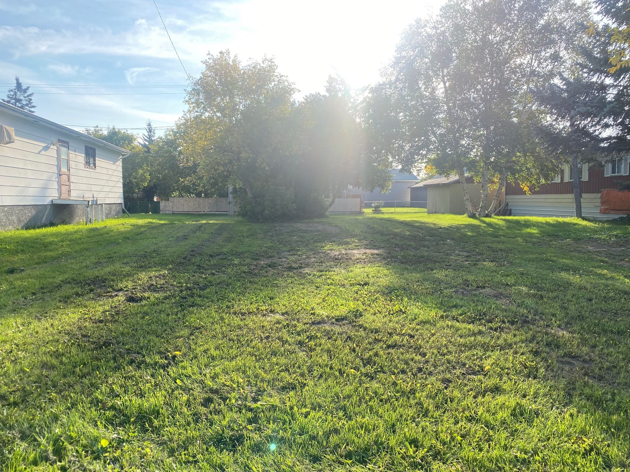 Main Photo: 436 10th Street NW in Portage la Prairie: Vacant Land for sale : MLS®# 202122505
