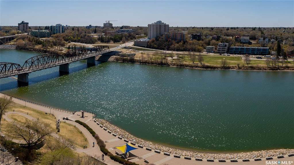 Main Photo: 1406 490 2nd Avenue South in Saskatoon: Central Business District Residential for sale : MLS®# SK872524