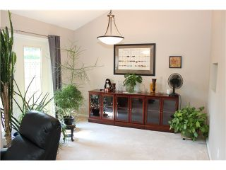 Photo 4: # 160 16275 15TH AV in Surrey: King George Corridor Condo for sale (South Surrey White Rock)  : MLS®# F1419681