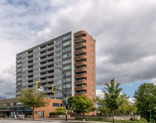 """Main Photo: 905 3920 HASTINGS Street in Burnaby: Willingdon Heights Condo for sale in """"Ingleton Place"""" (Burnaby North)  : MLS®# R2546822"""
