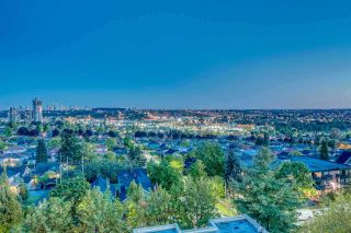 """Photo 2: 402 3920 HASTINGS Street in Burnaby: Willingdon Heights Condo for sale in """"INGLETON PLACE"""" (Burnaby North)  : MLS®# R2298394"""